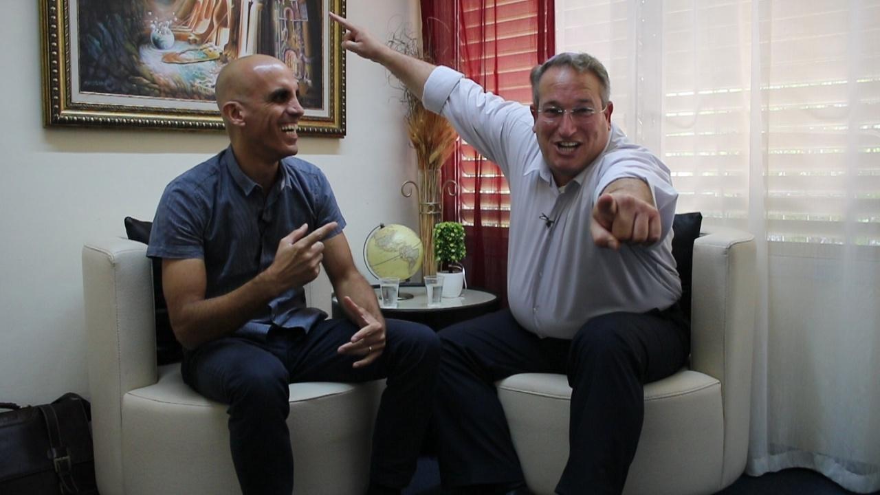 """מדברים נדל""""ן 5#- ראיון עם מתווך העל נתי שיינפלד, כיצד נכון למשקעים לעבוד עם מתווכים"""